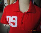 Les hommes court-circuitent le T-shirt de douille avec le logo en soie d'impression