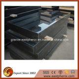 De zwarte Grafsteen van het Graniet met het Ontwerp van de Douane