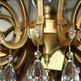 Lampadario a bracci a cristallo di lusso decorativo dell'hotel antico con lo schermo del tessuto