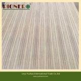 Contre-plaqué en bois de noyau de teck de taille standard