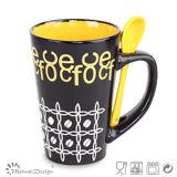 tazza di ceramica variopinta del gres 12oz con il cucchiaio