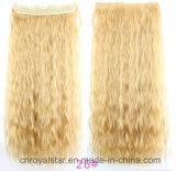 El clip caliente de la peluca del maíz junta las piezas del clip en la extensión del pelo