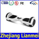 Ausgleich-Roller-elektrisches Skateboard Hoverboard mit der Bescheinigung UL2272 gebildet in Yongkang