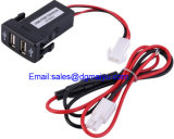 Car Dual USB Charger 12V 2.1A Socket Car Charger Porta de áudio para Toyota Vigo