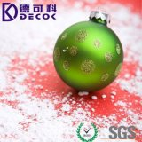 In het groot Kerstmis siert de Hangende Bal van Kerstmis van het Glas