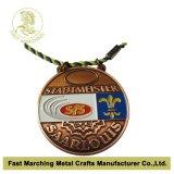 La medalla plateada cobre antiguo con la alta calidad, recuerdo de la concesión se divierte la medalla