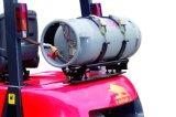 China-nagelneuer 2 Tonnen-bis 3.5 Tonnen-Gas-Gabelstapler für Verkauf mit wahlweise freigestellte Triplex Mast-Seiten-Schaltvollreifen