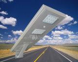 Prix usine de qualité 30W tout dans un réverbère solaire léger solaire d'Oudtdoor