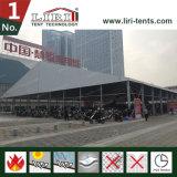 Barraca comercial do evento usada na campanha ao ar livre e no anúncio, expo da mobília
