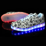 2016 zapatos ligeros de las zapatillas de deporte LED de los hombres unisex de las mujeres que contellean, la carga ocasional LED del USB encienden para arriba los zapatos ligeros del LED