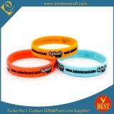 Wristband способа дешевый резиновый с подгонянным логосом от Китая