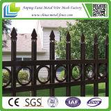 Klassisches bearbeitetes Eisen-Pfosten-Zaun-Panel des heißen Verkaufs-2015