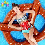 Wasser-aufblasbarer sich hin- und herbewegender Brezel-Kreis-Brot-Schwimmen-Ring-Pool-Gleitbetrieb