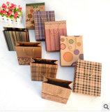 Подгонянный подарок бумажного мешка Kraft упаковывая Handlebag