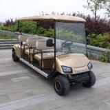 Carrello di golf elettrico facente un giro turistico dell'automobile di golf delle 6 sedi