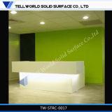 Diseño superficial sólido de acrílico blanco moderno del escritorio del contador de la recepción (TW-MART-016)