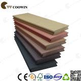 Decking de madeira sintético contínuo do pinho vermelho da plataforma de Pwc
