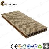 Couleurs extérieures de bois de construction en plastique de Qingdao 12 choisissant le Decking
