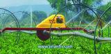 Irrigación de aerosol agrícola que viaja