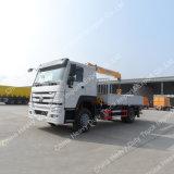 10 tonnes de boum de grue montée par camion télescopique hydraulique de grue de cargaison à vendre