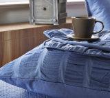3純粋なカラーSeesucker 4部分の寝具セット