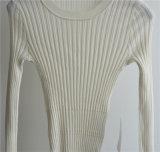 100%のウールの女性の円形の首のニットのセーター
