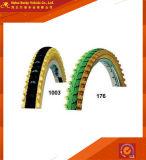 Altos neumáticos contentos de goma coloridos (BT-042)