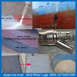 La vernice bagnata ad alta pressione della lavatrice dell'artificiere della sabbia rimuove la rondella