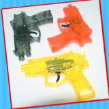 Silice di plastica che scintilla il giocattolo della pistola della pistola con la caramella