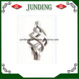 Dekorativer bearbeitetes Eisen-Korb am meisten benutzt auf Eisen-Baluster und Gatter für Dekoration