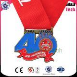Lo sport corrente di maratona in lega di zinco su ordinazione ha allineato le medaglie del premio della corsa