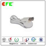 白いUSBケーブルが付いている4pin磁気コネクター