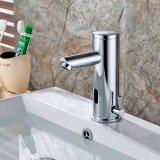 Flg Chrom-fertiger Badezimmer-Bassin-Behälter-Selbstfühler-Hahn
