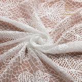 Breve merletto dei vestiti da cerimonia nuziale della spiaggia, tessuto africano del merletto del George per i branelli di corallo del fiore