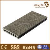 O melhor Decking de madeira de venda do composto WPC do material de construção de Guangdong