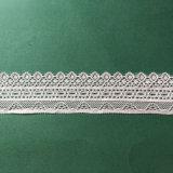 Laço branco-amarelado elegante e da alta qualidade do aparamento para decorações