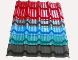 Protuberancia plástica coloreada PVC de la producción del azulejo de azotea del esmalte que hace la máquina