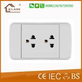 110V~250V de dubbele Contactdoos van de Macht van 2 Speld Veelvoudige met de Dekking van PC