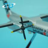Смолаа модельное Айркрафт Dash8-300 (Q300) 1/100 26cm