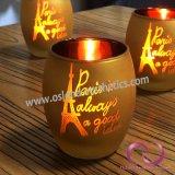 ヨーロッパ式の金電気版のフロスティングの印刷パターンが付いているガラス蝋燭ホールダーの蝋燭のコップ
