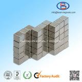 10X10X10高精度の小さい常置NdFeBの立方体N52の磁石