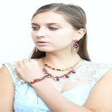 Neues Feld-schönes Blumen-Harz-Halsketten-Armband-Ohrring-Form-Schmucksache-Set
