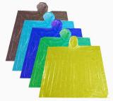 Imperméable en plastique clair fait de matériau de PE
