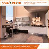 Gabinete de cozinha novo popular moderno da madeira contínua do projeto
