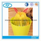 Bolso de basura disponible plástico con el lazo