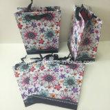 Мешки подарка бумаги печатание конструкции UV цветка трапецоидальные форменный