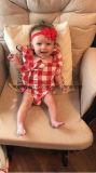 La tuta della tuta del pagliaccetto degli assegni dei plaid dei vestiti delle neonate dell'infante appena nato rifornisce di Esg10187