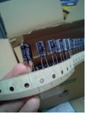 Elektrolytische Condensator 220UF, 35V van Elektronische Component