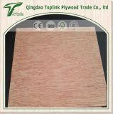Le bois rouge a fait face au contre-plaqué normal pour les meubles ou la décoration