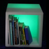 LEDの立方体表か流行の照明表または余暇輝いた表の立方体のアイスペール